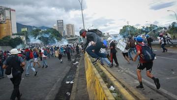 25-06-2017 06:29 Kolejne wielotysięczne demonstracje w Wenezueli. Prezydent: to zamach stanu