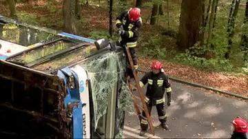 Zasłabnięcie kierowcy możliwą przyczyną wypadku miejskiego autobusu w Gdyni