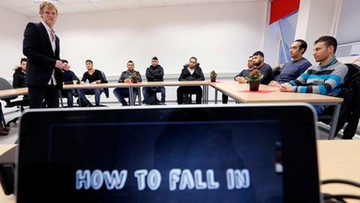 Kurs flirtu dla imigrantów. Niemcy szkolą muzułmanów z traktowania kobiet