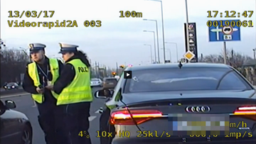 16-03-2017 17:55 Noworodek się dusił. Policja eskortowała samochód do szpitala