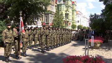 """13-07-2016 14:37 """"Piękna decyzja"""". Premier o apelach smoleńskich podczas państwowych uroczystości"""