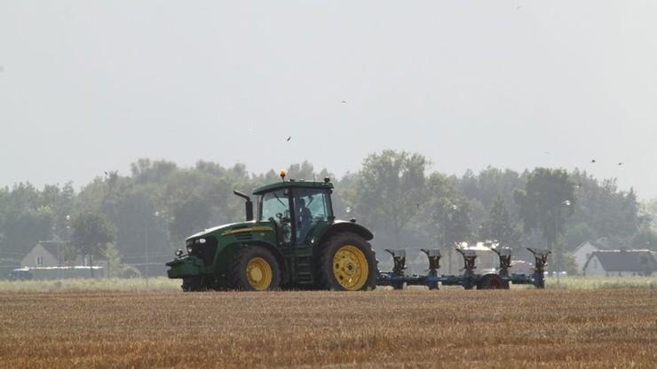 Rolnicy mogą zacząć składać wnioski do ARiMR o pomoc klęskową. Maksymalnie można otrzymać 300 tys. zł