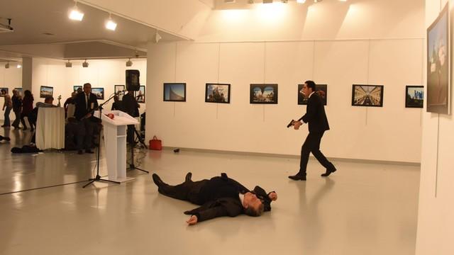 Turcja: Zatrzymano sześć osób w związku z zabójstwem ambasadora Rosji