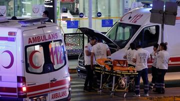 29-06-2016 12:35 Eksplozje i strzały na lotnisku w Stambule. Wielu zabitych i rannych