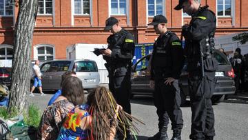 """""""Proszę nie upolityczniać festiwalu"""". Owsiak odpowiada Błaszczakowi ws. Woodstocku"""