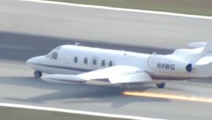USA: Awaryjne lądowanie, samolot wypadł z pasa