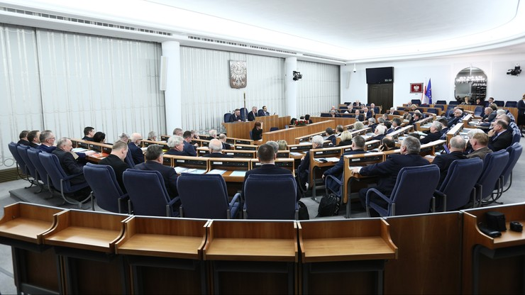 Senat za ustawą znoszącą górny limit składek na ZUS, ale dopiero od 2019 r.