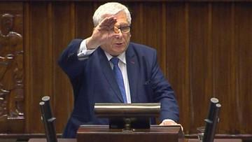 22-09-2016 21:11 Sejmowa debata o aborcji - ze zdjęciami i rekwizytami