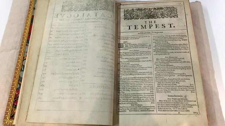 Egzemplarz najstarszego wydania dramatów Szekspira odnaleziony w zamku na Wyspie Węży