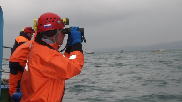 Rosja: Żałoba po katastrofie Tu-154. Trwa akcja poszukiwawcza na Morzu Czarnym