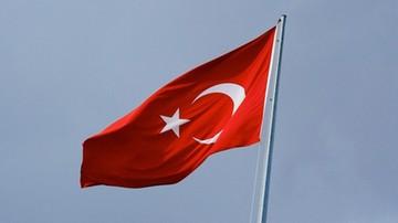 24-04-2016 19:09 Turcja: jedna osoba zginęła, ponad 20 rannych od pocisków w Kilis