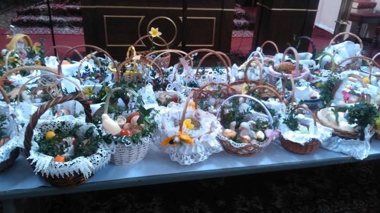 2016-03-26 Święcenie pokarmów w Czersku koło Góry Kalwarii na Mazowszu