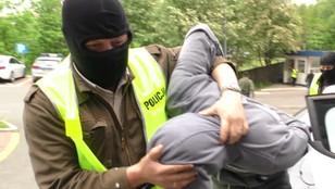 Pociął dwie kobiety tulipanem. 26-latek z Siemianowic Śląskich zatrzymany przez policję