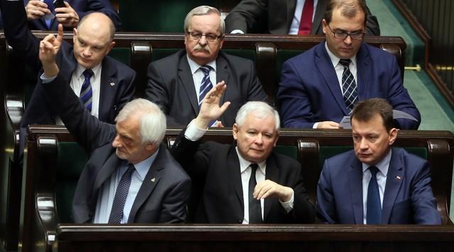 PiS ma nowy projekt ustawy o Trybunale Konstytucyjnym. Propozycja kompromisu