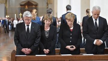 31-07-2016 20:42 Monachium: hołd ofiarom masakry w centrum handlowym