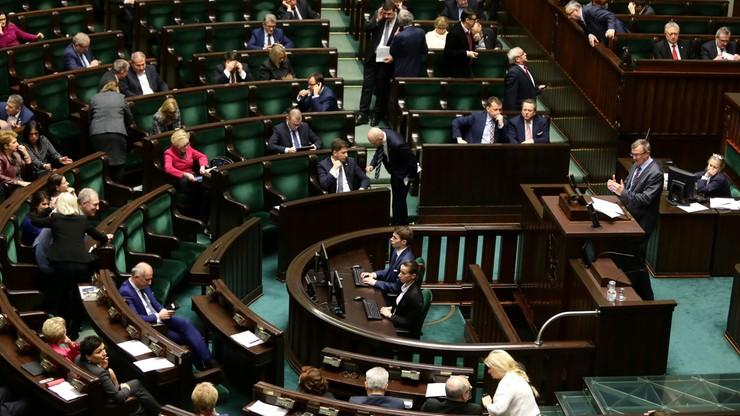 Sejm: wzrośnie kwota wolna od podatku dla najmniej zarabiających