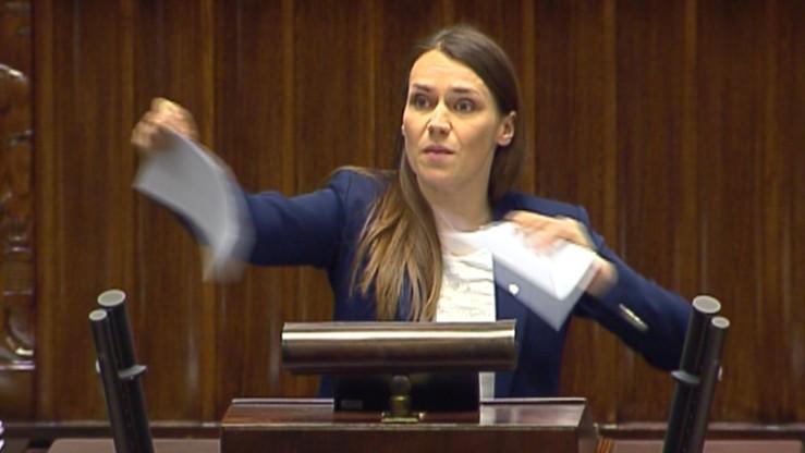 """Sejm wzywa rząd do """"przeciwstawienia się wszelkim działaniom przeciwko suwerenności"""""""