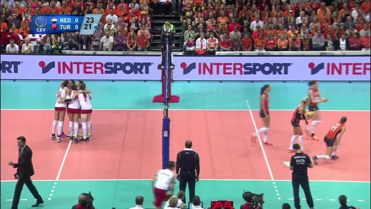 Holandia - Turcja 3:0. Skrót meczu