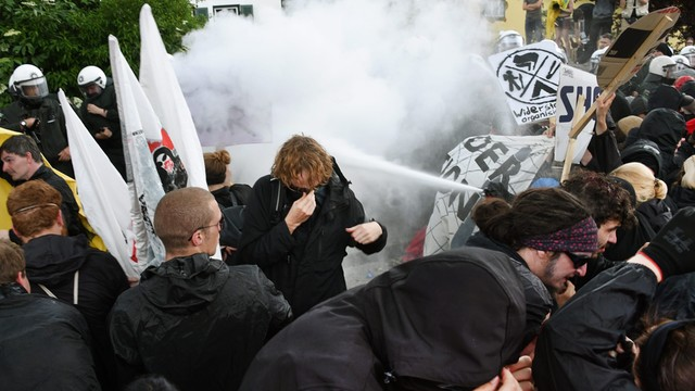 Trwają protesty przeciwników szczytu G7 w bawarskim Elmau