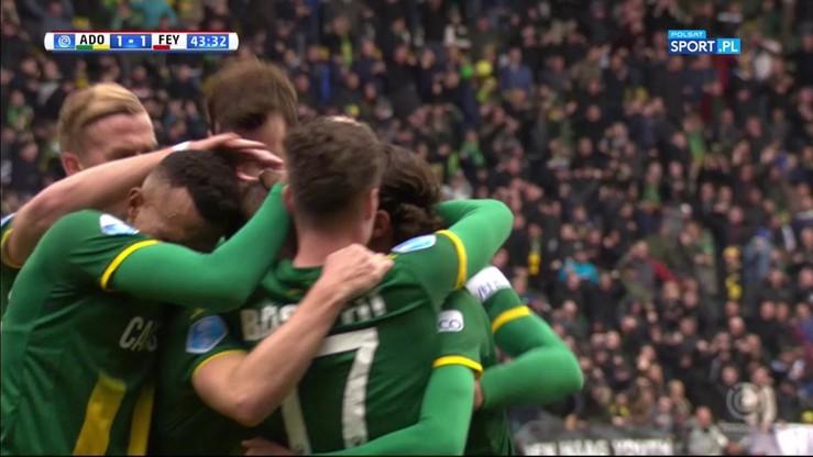 Fantastyczny gol po akcji na jeden kontakt. Mistrzowie Holandii zaskoczeni!