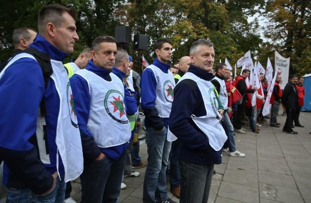 Górnicy już pod Sejmem - będą pilnować Kopacz?