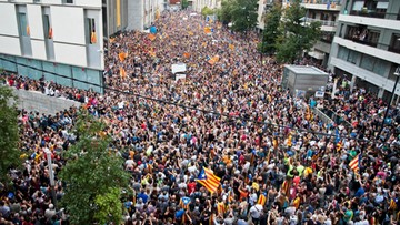 """""""Praworządność czasem wymaga użycia siły"""". Timmermans o niedzielnym referendum w Katalonii"""