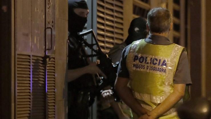 Hiszpania: policyjne kontrole w 90 meczetach