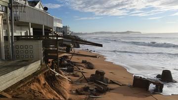 07-06-2016 13:20 Ekskluzywne posiadłości zagrożone zalaniem. Powódź w Australii