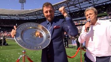 2017-05-14 Dudek wręczył paterę za mistrzostwo Holandii (WIDEO)