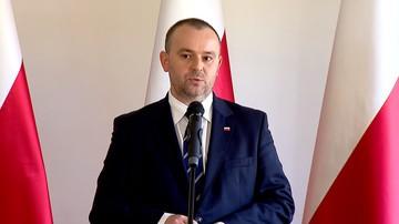 08-09-2017 12:49 Mucha: w referendum jedno z pytań może dotyczyć ustroju politycznego w Polsce