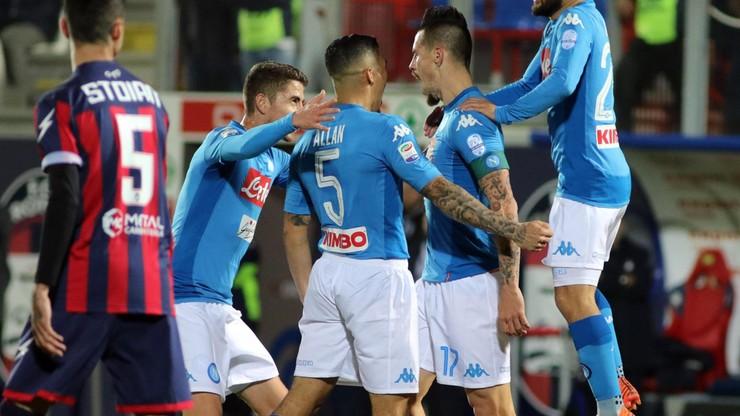 Napoli ciągle przed Juve! Skromne zwycięstwo nad Crotone