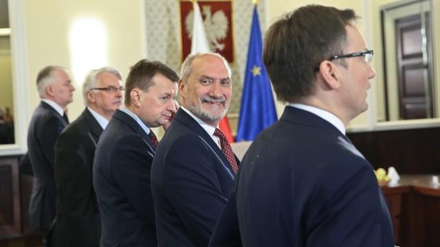 Macierewicz: Celem MON wzmocnienie polskiej armii do 150 tys. żołnierzy