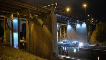 14-02-2016 22:23 Samochód z brytyjskimi muzykami runął z mostu. Wszyscy zginęli