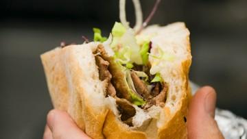 04-07-2016 09:35 Pierogi i kiełbasa, ale także kebab i pizza - zobacz menu na ŚDM