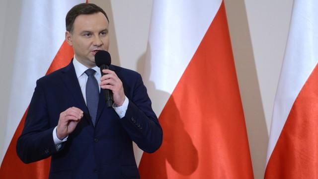 Prezydent Andrzej Duda podpisał ustawę budżetową na 2016 rok