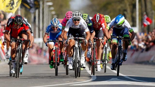 Amstel Gold Race – Kwiatkowski walczy o drugie zwycięstwo
