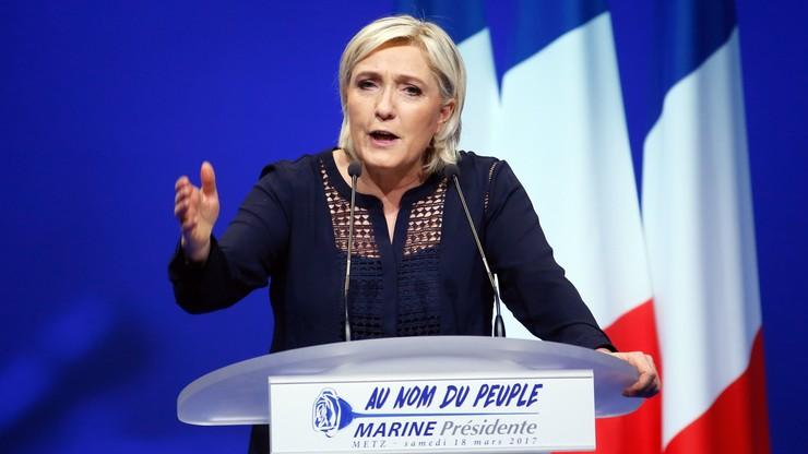 Le Pen wzywa do ochrony granic i zamykania meczetów