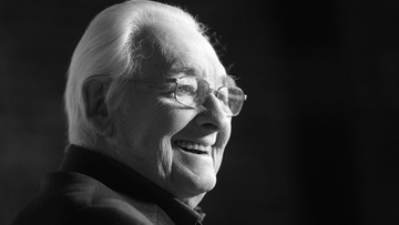10-10-2016 04:55 Zmarł Andrzej Wajda, jeden z najwybitniejszych polskich reżyserów