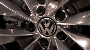 07-08-2017 05:38 Niemieckie koncerny motoryzacyjne oskarżone o zmowę kartelową. KE grozi miliardowymi karami
