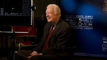 06-12-2015 22:52 U byłego prezydenta USA Jimmy'ego Cartera cofnął się zupełnie rak mózgu