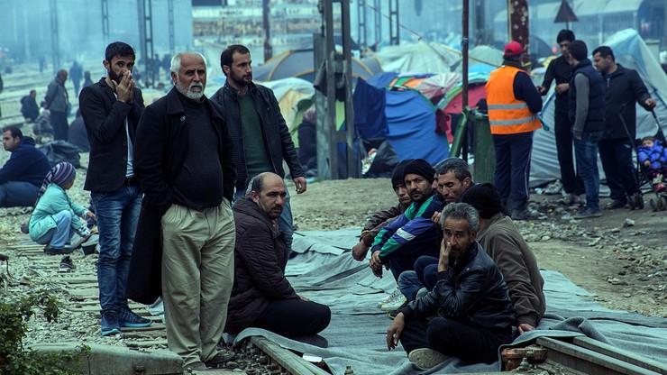 Francuski minister: 800 tys. migrantów chce z Libii dotrzeć do Europy