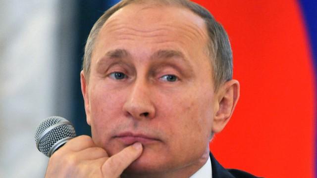 Putin rozmawiał z Ciprasem o wynikach greckiego referendum