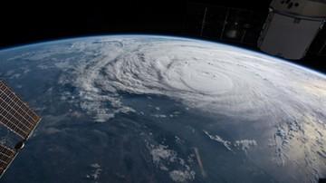 Huragan Harvey znacznie potężniejszy niż się spodziewano. Wieje z siłą 200 km/h. Trump ogłosił stan klęski żywiołowej