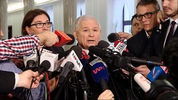 """12-01-2017 14:54 """"Trzeba przebudować regulamin, żeby takie operacje były bardzo utrudnione"""" - Kaczyński o proteście PO"""