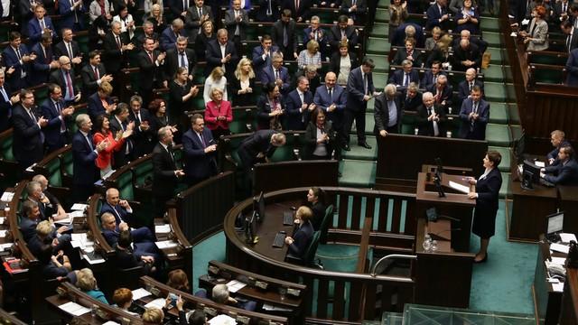 PiS złożyło poprawki do ustawy o zgromadzeniach