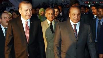 17-11-2016 18:38 Erdogan oskarżył Zachód o wpieranie Państwa Islamskiego