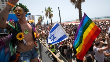 03-06-2016 19:09 Setki tysięcy osób na Paradzie Równości w Tel Awiwie