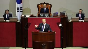 """""""Czas wymówek się skończył. Teraz jest czas siły"""". Trump w parlamencie Korei Południowej"""