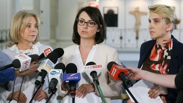 """28-04-2016 11:43 Nowoczesna zawiadomiła prokuraturę ws. """"kolesi"""""""