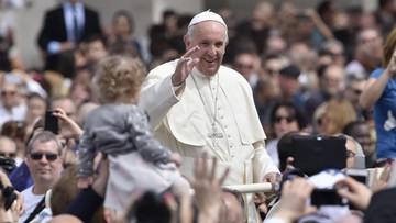 05-04-2016 20:26 Papież Franciszek i patriarcha Bartłomiej odwiedzą wyspę Lesbos